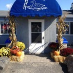 Bills-Seafood-Restaurant-Westbrook-CT-Front-View-Fall