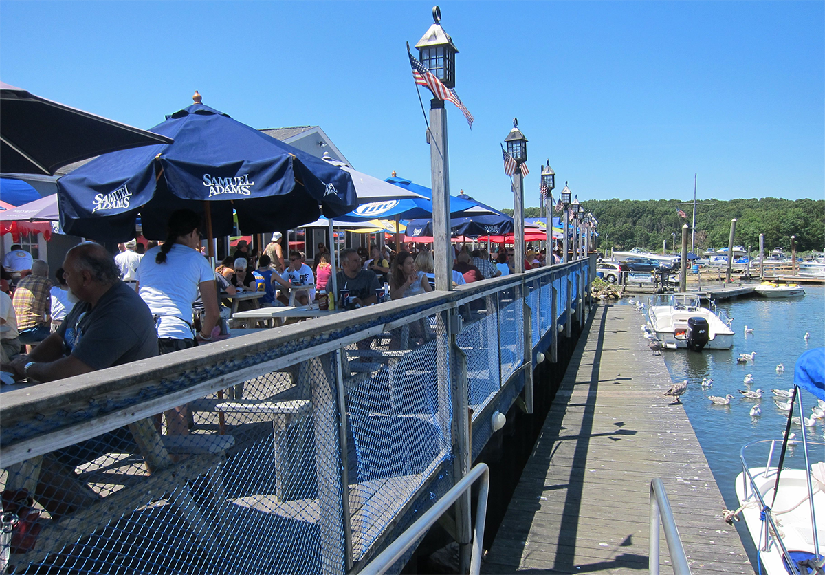 Bills Seafood Restaurant Westbrook Ct Outside Deck